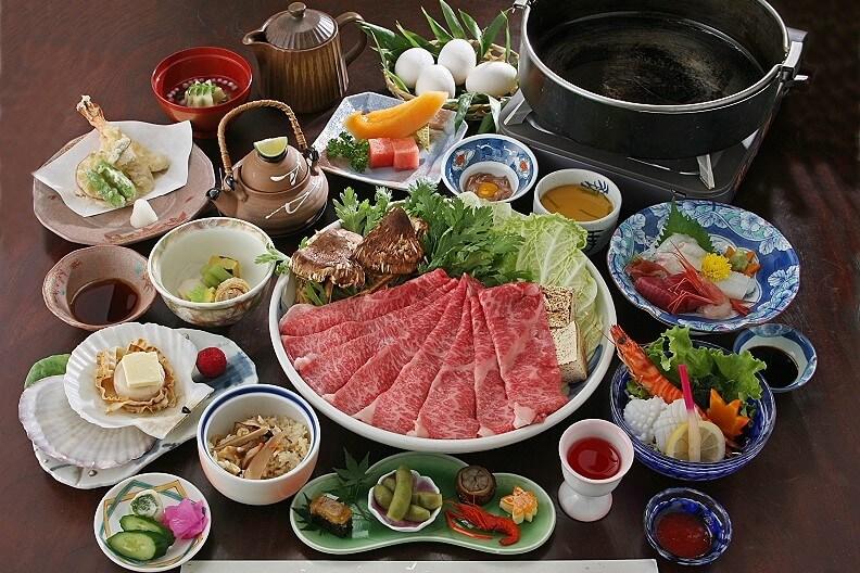 【9月・10月限定】秋の味覚≪松茸≫を神戸ビーフと共に楽しむ~松茸すきやき鍋プラン